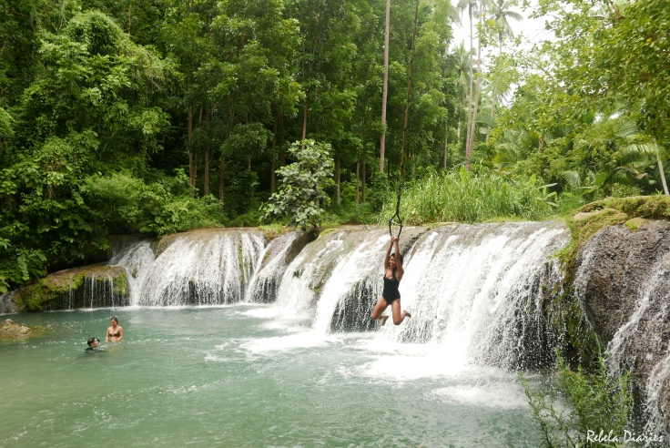 Cambugahay Falls low jump
