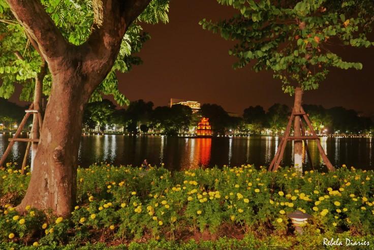 Turtle Tower Hanoi at night