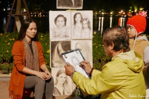 Portrait drawing at Hoan Kiem Lake
