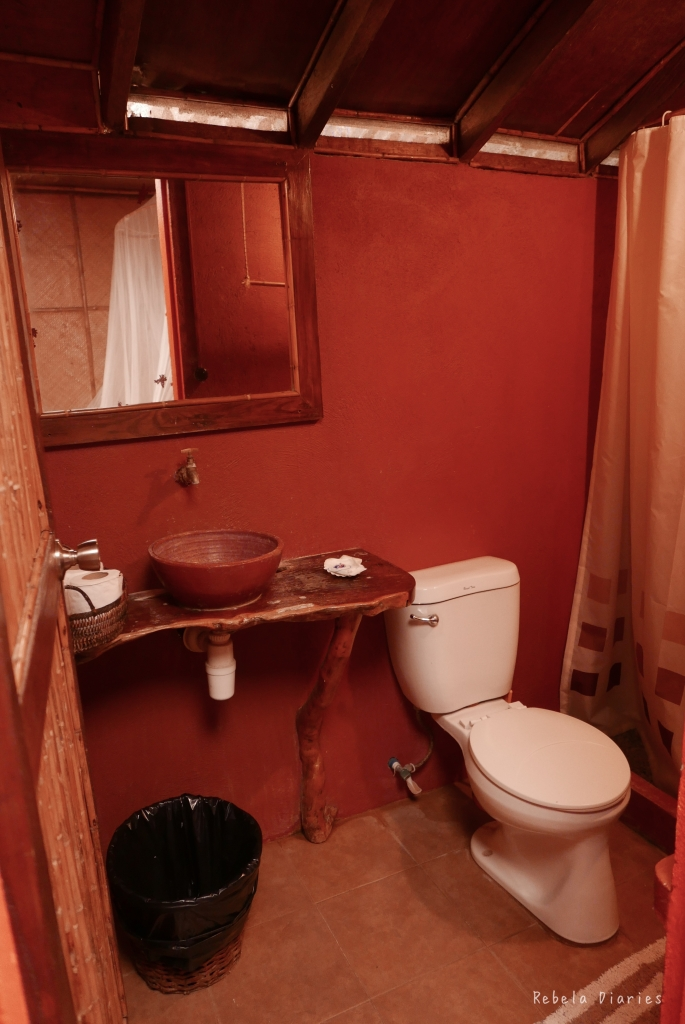 Bathroom at Lilom Resort, Anilao